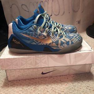 Nike Kobe 9 EM Hyper Cobalt/White